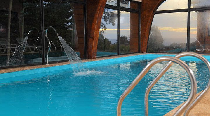 jacuzzi pool with cabanas Patagonian coast pichilemu