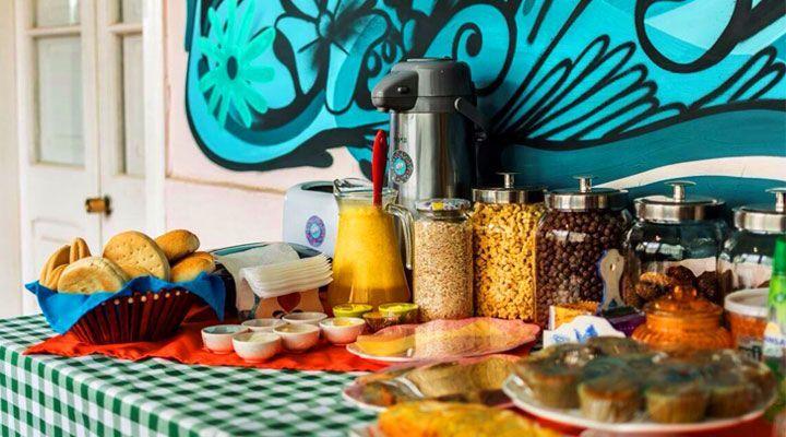 continental breakfast hostel kom pichilemu