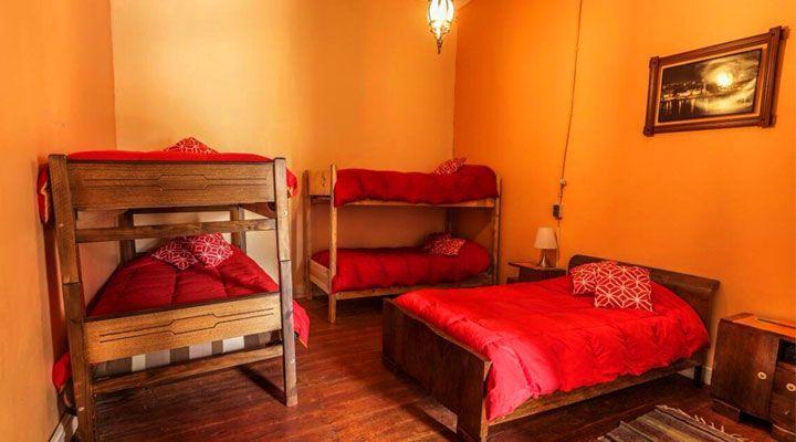 habitacion para 5 personas hostal kom pichilemu