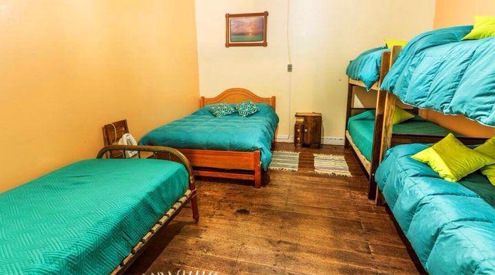 kom hostel common room pichilemu