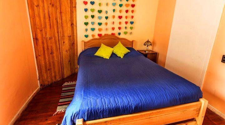 habitacion para 2 personas hostal kom pichilemu
