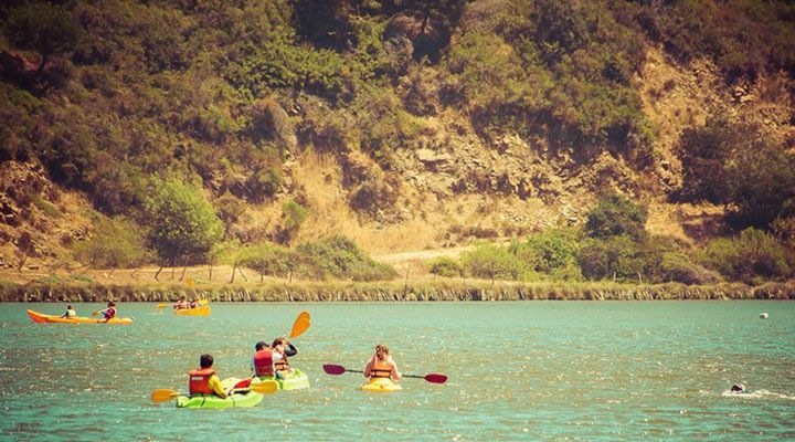 kayaking group camping Cahuil millaco, pichilemu