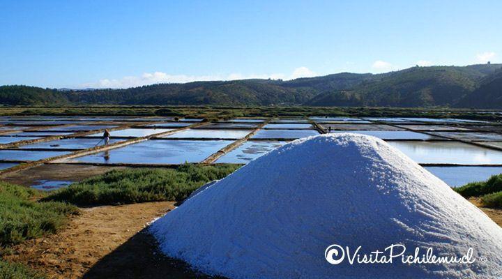 monticulo de sal de cahuil