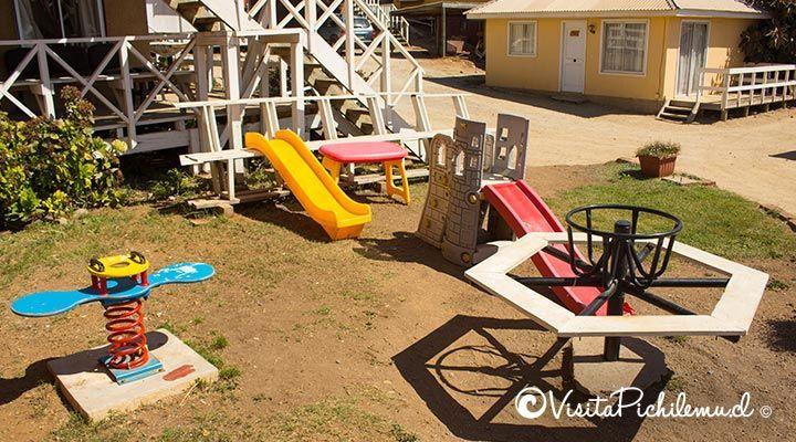 Santa Irene cabanas parque infantil em frente à praia