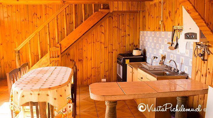 comedor y cocina cabanas puertas del sol pichilemu