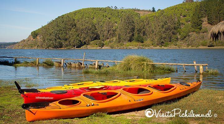 sea kayak crossing lagoon Cáhuil