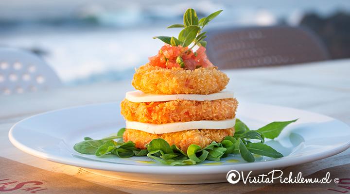 tomate grillado con queso de cabra la sal restaurant pichilemu